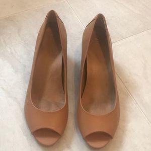 Vionic tan peep-toe leather wedge heels